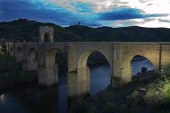 Η Alcántara γέφυρα στο ηλιοβασίλεμα 2 Στοκ Εικόνες
