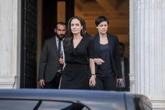 Η Angelina Jolie αφήνει το ελληνικό πρωθυπουργικό γραφείο σε Athen Στοκ φωτογραφία με δικαίωμα ελεύθερης χρήσης