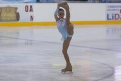 Η Anna Bajgazina από τη Ρωσία εκτελεί τη χρυσή κατηγορία ΙΙΙ ελεύθερο πρόγραμμα πατινάζ κοριτσιών για το εθνικό πρωτάθλημα πατινά Στοκ εικόνα με δικαίωμα ελεύθερης χρήσης