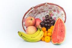 Η Apple, το καρπούζι, το πορτοκάλι, το σταφύλι και η μπανάνα είναι φρούτα δροσερά effe Στοκ Φωτογραφίες
