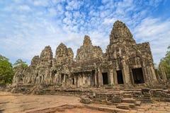 η banteay λίμνη της Καμπότζης angkor lotuses συγκεντρώνει siem το ναό srey Στοκ Φωτογραφίες