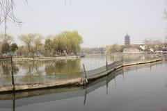 Η bulding αντανάκλαση tradtional στη λίμνη (Jiaxing, Κίνα) Στοκ εικόνες με δικαίωμα ελεύθερης χρήσης