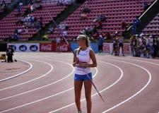 Η ELINA KINNUNEN από τη Φινλανδία στο ακόντιο ρίχνει το γεγονός στο παγκόσμιο U20 πρωτάθλημα IAAF στη Τάμπερε, Φινλανδία στις 10  στοκ φωτογραφία με δικαίωμα ελεύθερης χρήσης