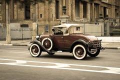 Η Ford διαμορφώνει ένα λουξ καμπριολέ Στοκ Εικόνες