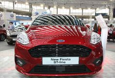 Η Ford στο αυτοκίνητο Βελιγραδι'ου παρουσιάζει Στοκ φωτογραφία με δικαίωμα ελεύθερης χρήσης