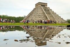η kukulkan επίσκεψη πυραμίδων itza Στοκ φωτογραφία με δικαίωμα ελεύθερης χρήσης