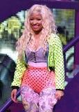 Η Nicki Minaj αποδίδει στη συναυλία στοκ εικόνες