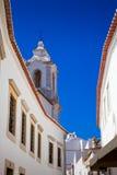 η portugese πόλη αγοράς ασπρίζει Στοκ φωτογραφία με δικαίωμα ελεύθερης χρήσης