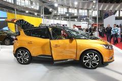 Η Renault στο αυτοκίνητο Βελιγραδι'ου παρουσιάζει στοκ εικόνες με δικαίωμα ελεύθερης χρήσης