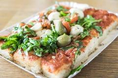 Η take-$l*away πίτσα είναι τρόφιμα οδών Στοκ Εικόνες