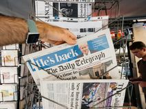 Η Daily Telegraph και ο προηγούμενος πολιτικός UK Boris Jhonson Στοκ Φωτογραφίες