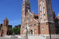 Η Votive εκκλησία και ο καθεδρικός ναός της κυρίας Ουγγαρίας μας είναι α δίδυμος-Ρωμαίος - καθολικός καθεδρικός ναός σε Szeged, Ο Στοκ εικόνα με δικαίωμα ελεύθερης χρήσης