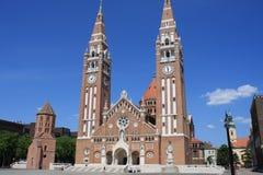 Η Votive εκκλησία και ο καθεδρικός ναός της κυρίας Ουγγαρίας μας είναι α δίδυμος-Ρωμαίος - καθολικός καθεδρικός ναός σε Szeged, Ο Στοκ φωτογραφίες με δικαίωμα ελεύθερης χρήσης