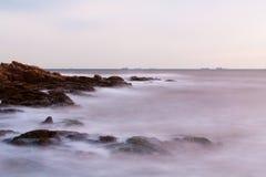 θάλασσα βράχου Στοκ εικόνες με δικαίωμα ελεύθερης χρήσης