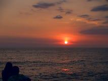 θάλασσα ζευγών παραλιών στοκ εικόνα με δικαίωμα ελεύθερης χρήσης