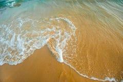 Θάλασσα και η άποψη παραλιών Στοκ Φωτογραφίες