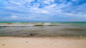 Θάλασσα, σύννεφα ουρανού Η καραϊβική θάλασσα στοκ φωτογραφίες με δικαίωμα ελεύθερης χρήσης