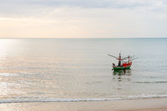 θάλασσα Ταϊλανδός αλιείας βαρκών Στοκ Εικόνες