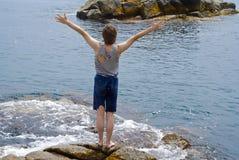 θάλασσα 17 αγοριών Στοκ φωτογραφία με δικαίωμα ελεύθερης χρήσης