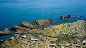 Θάλασσα-διαβρωμένη έκταση Badouzi (Daping παράκτιο) στην περιοχή Zhongzheng, Keelung, Ταϊβάν απόθεμα βίντεο