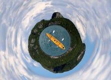 Θάλασσα και ουρανός νησιών με Στοκ εικόνες με δικαίωμα ελεύθερης χρήσης