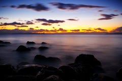 Θάλασσα και δραματικός ουρανός Στοκ φωτογραφία με δικαίωμα ελεύθερης χρήσης