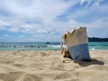 Θάλασσα και τσάντα της Σαρδηνίας Στοκ Εικόνες