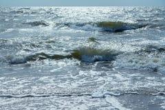 θάλασσα παραλιών θυελλώδης Στοκ φωτογραφία με δικαίωμα ελεύθερης χρήσης