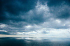 Θάλασσα πριν από τη θύελλα Στοκ Φωτογραφία