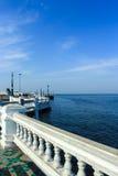 θάλασσα στον τρόπο Στοκ Φωτογραφία