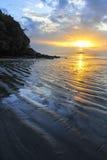 Θάλασσα στο ηλιοβασίλεμα Στοκ εικόνα με δικαίωμα ελεύθερης χρήσης