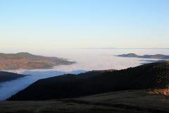 Θάλασσα σύννεφων πέρα από την κοιλάδα Munster Στοκ Φωτογραφία