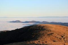Θάλασσα σύννεφων πέρα από την κοιλάδα Munster Στοκ φωτογραφίες με δικαίωμα ελεύθερης χρήσης