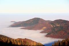 Θάλασσα σύννεφων πέρα από την πεδιάδα της Αλσατίας Στοκ Εικόνες