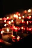 Θάλασσα των κεριών σε μια εκκλησία στοκ εικόνες