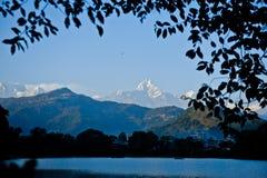 Θέα βουνού σε Pokhara Νεπάλ Στοκ Φωτογραφίες