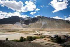 Θέα βουνού της κοιλάδας Zanskar Στοκ Εικόνα