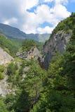 Θέα βουνού του φαραγγιού Tsey Δημοκρατία της Βόρειας Οσετίας - Alania, Ρωσία Στοκ εικόνα με δικαίωμα ελεύθερης χρήσης