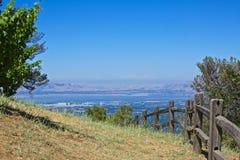 Θέα βουνού Cupertino Καλιφόρνια οινοποιιών κορυφογραμμών Στοκ εικόνες με δικαίωμα ελεύθερης χρήσης