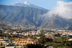 Θέα βουνού Puerto de Λα Cruz Tenerife, Ισπανία Στοκ εικόνες με δικαίωμα ελεύθερης χρήσης