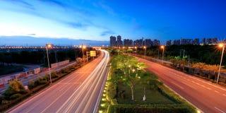 Θέα νύχτας Xiangandadao ave, srgb εικόνα στοκ εικόνες