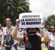 Θέλουμε την παραίτηση της δικτατορίας του Nicolas Maduro ένα έμβλημα που επιδεικνύεται από τους δημοκράτες στο Καράκας Βενεζουέλα στοκ φωτογραφία