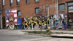 θέμα 42 λιονταριών τοίχων mural, απροσδιόριστος υπερρεαλιστικό άγριο, βαθύ Ellum, Τέξας στοκ εικόνες