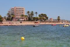 Θέρετρο στο κρησφύγετο Bossa, Ibiza, Ισπανία Playa παραλιών Στοκ Φωτογραφία