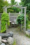 Θέση για το υπόλοιπο και picnic στον κήπο Στοκ εικόνα με δικαίωμα ελεύθερης χρήσης
