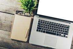 Θέση εργασίας, εργαλεία γραφείων Στοκ φωτογραφίες με δικαίωμα ελεύθερης χρήσης