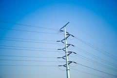 Θέση ηλεκτρικής ενέργειας με τον ουρανό Στοκ φωτογραφία με δικαίωμα ελεύθερης χρήσης