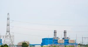 Θέση ηλεκτρικής ενέργειας και υποσταθμός ηλεκτρικής δύναμης υψηλής τάσης Στοκ φωτογραφία με δικαίωμα ελεύθερης χρήσης