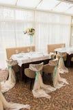 θέση κομμάτων γαμήλιας πολυτέλειας Εσωτερικό εστιατορίων Στοκ Φωτογραφία