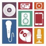 θέστε το απομονωμένο σχέδιο εικονιδίων βιομηχανίας μουσικής συσκευές Στοκ Εικόνες